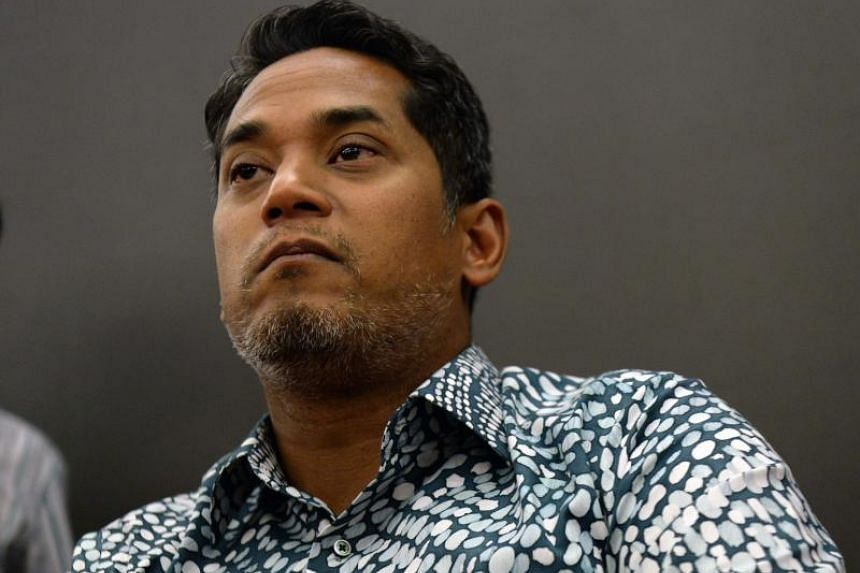 """Khairy Jamaluddin accused Umno party """"warlords"""" of blocking party members wish for a change in the party."""