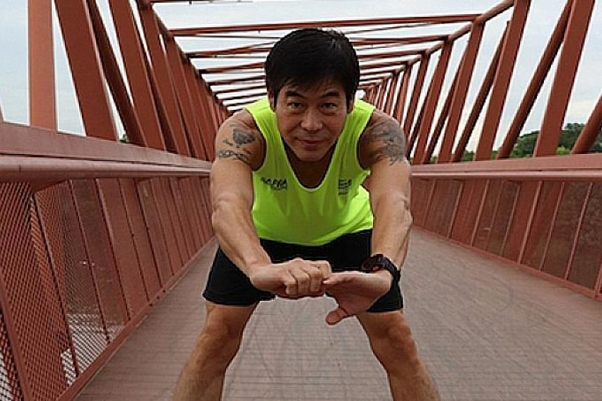 Mr Jimmy Hoon Mau Kai did his first half-marathon in December 2016 and his first full marathon a year later. Since then, he has completed nine half-marathons and two full marathons.