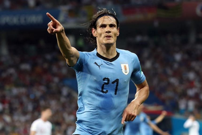 Uruguay's Edinson Cavani suffered a calf injury during their 2-1 last-16 victory over Portugal.