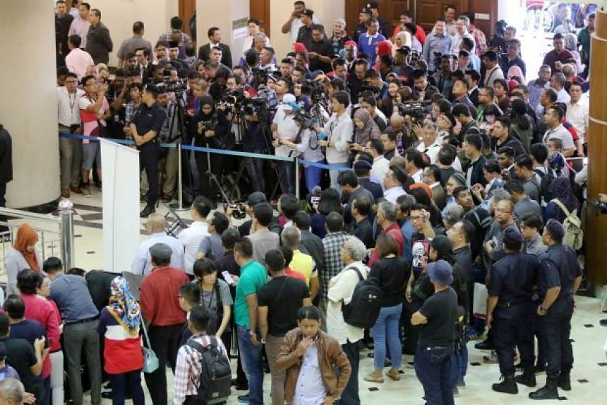 Media personnel covering Najib's court case at the Kuala Lumpur Courts Complex have been asked to observe the rules and obey police's instructions.