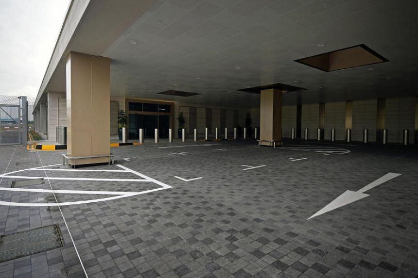 The driveway to the VIP section of the new Seletar Airport.