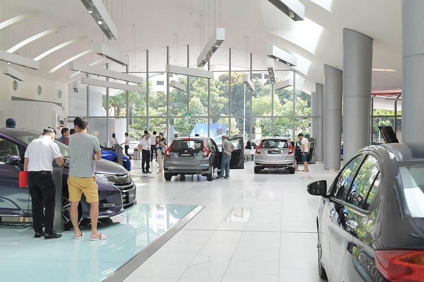 With the drop in COE prices, motorists who bought their cars between 2014 and 2016 are finding it more attractive to switch to a new ride now.