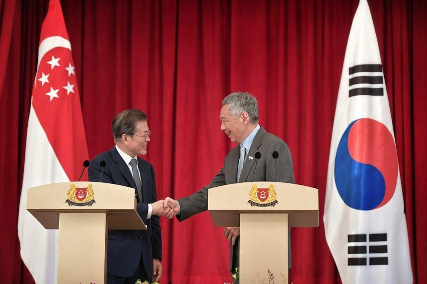 Prime Minister Lee Hsien Loong and South Korean President Moon Jae-In at a joint press conference at the Istana on July 12, 2018.