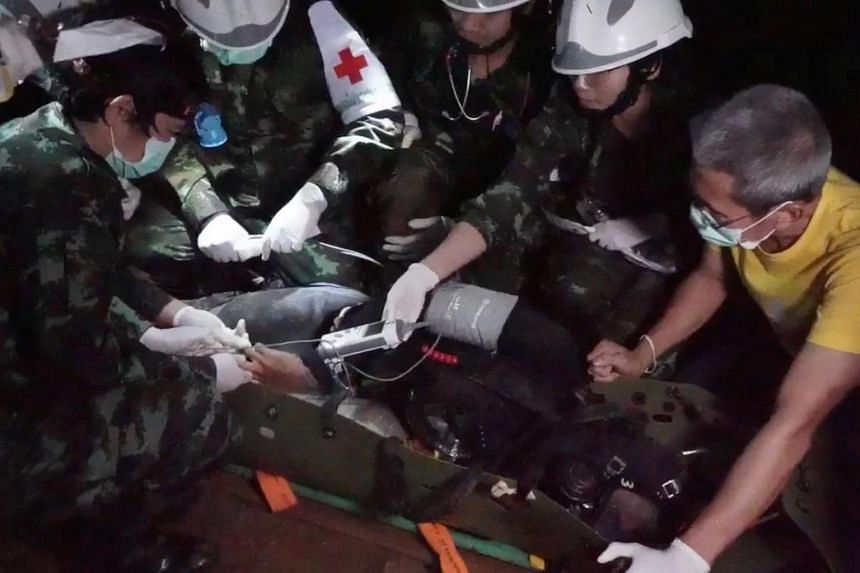Thai cave rescue: Boys were sedated and stretchered through Tham