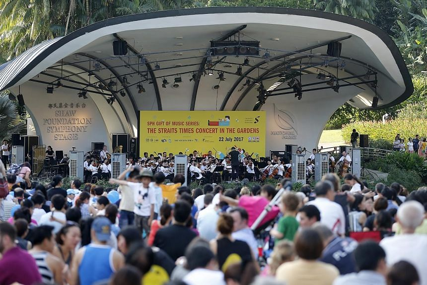 More than 10,000 people filled the entire lawn in front of the Singapore Botanic Gardens' Shaw Foundation Symphony Stage for The Straits Times Concert in the Gardens on July 22 last year. This year's event promises to be even more fun, with a mini-ca