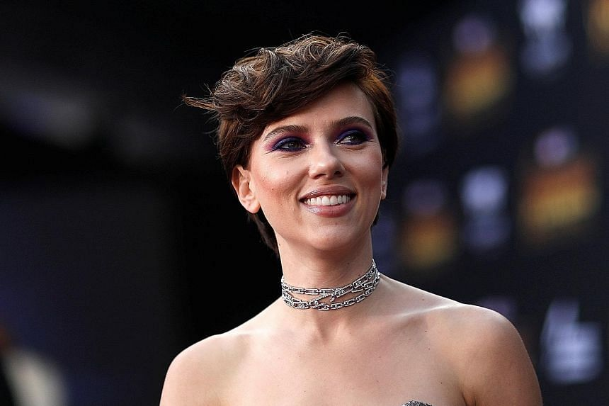 Scarlett Johansson had earlier agreed to take on a movie role as a real-life American crime kingpin who was born a woman but identified as a man.