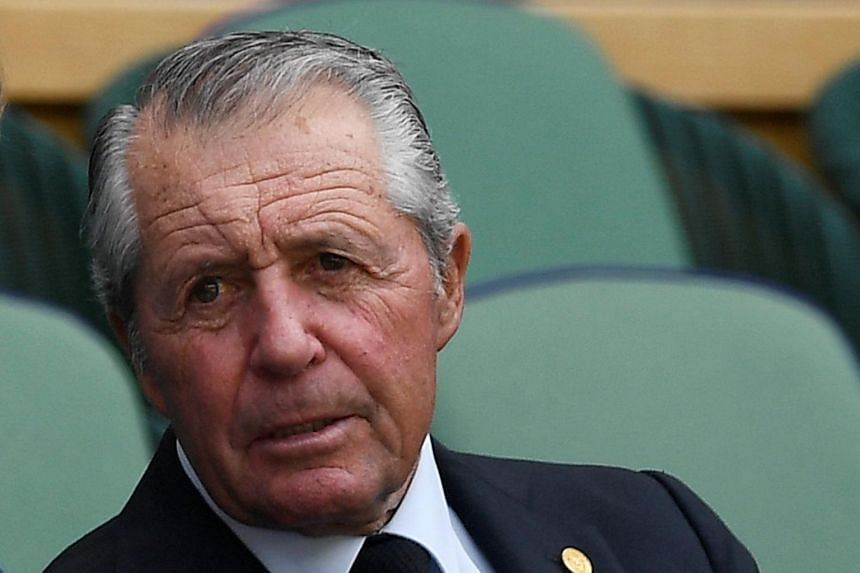 Gary Player said there were benefits of doping for a professional golfer.