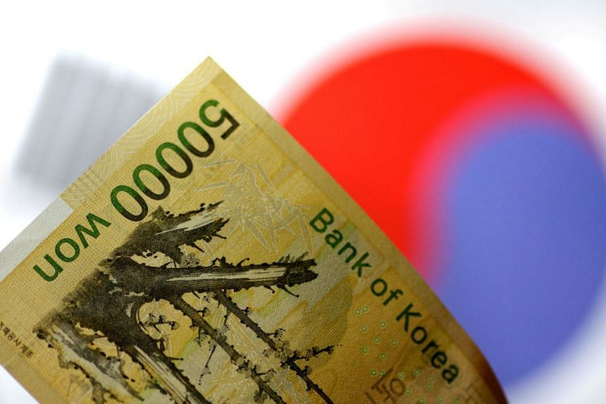 South Korean policymakers are trying to drive a sustained return to growth rates that match the country's potential after a 3.1 per cent expansion last year, the fastest in three years.