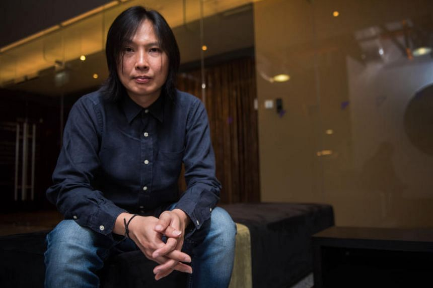 Former Concave Scream singer-songwriter Sean Lam is the singer and founder of indie band, Hanging Up The Moon.