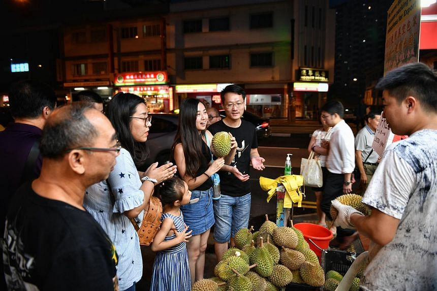 Ah Soon/Ah Lan durian stall giving out 200kg of durians for free for three days, from July 16 to July 18. One person is entitled to one durian.