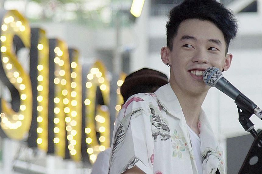 Before making his debut as a pop singer, Falling Feathers (above), whose real name is JJ Ong, fronted rock band JJ And The Paperplanes.