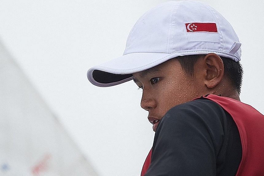 Despite his relative inexperience in the boat class, Singapore's Daniel Hung won the boys' division of the Laser 4.7 Youth World Championships in Poland on Tuesday. Team-mate Simone Chen was second in the girls' category.