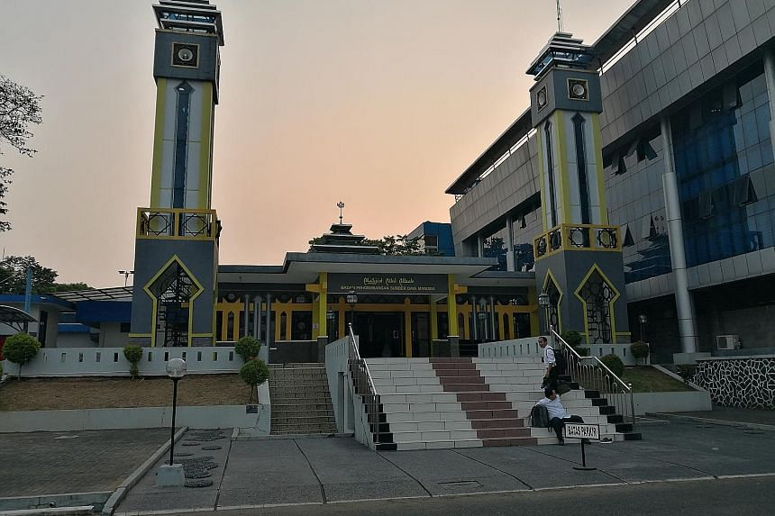 A mosque at a ministry compound in South Jakarta. Strong signs of radicalisation have been discovered at almost half the mosques located in government ministries, state agencies and state-owned companies in Greater Jakarta, according to a new survey.