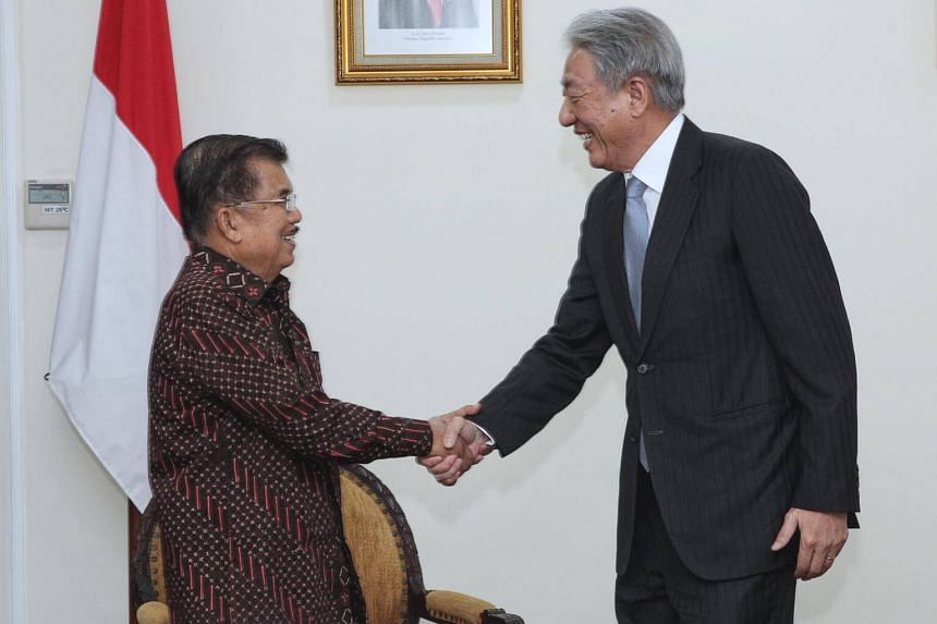 Deputy Prime Minister Teo Chee Hean (right) with Indonesian Vice-President Jusuf Kalla during his working visit to Indonesia.