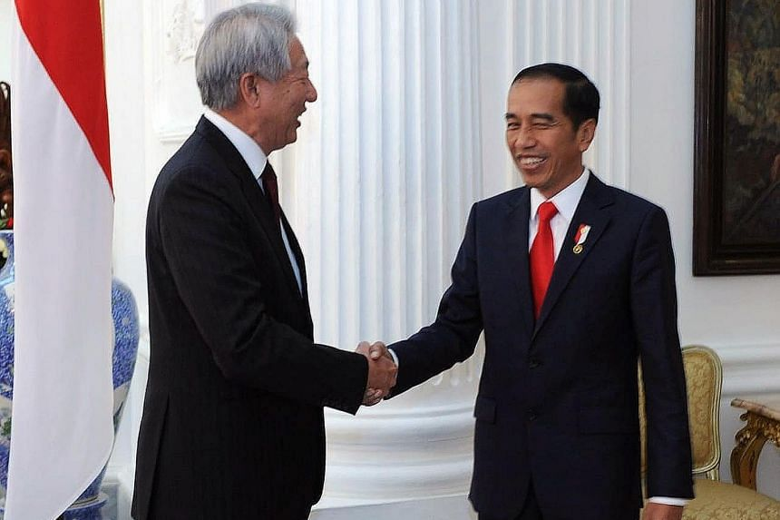 During their meeting at Istana Merdeka yesterday, Deputy Prime Minister Teo Chee Hean informed President Joko Widodo that Prime Minister Lee Hsien Loong looked forward to meeting him again at the Indonesia-Singapore Leaders' Retreat.