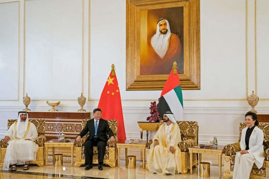 (From left)  Crown Prince Sheikh Mohamed bin Zayed Al-Nahyan, Chinese President Xi Jinping, UAE's Vice-President, Prime Minister, Ruler of Dubai and Minister of Defence Sheikh Mohamed bin Rashid Al Maktoum and Chinese first lady Peng Liyuan at the Pr