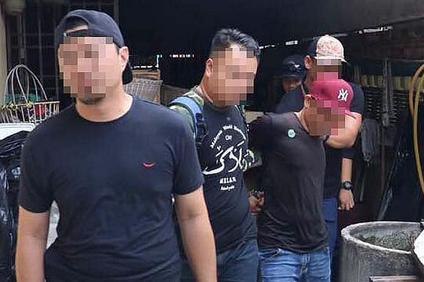 Malaysian police have arrested seven suspected ISIS militants including a man who threatened to assassinate the country's King, and Prime Minister Mahathir Mohamed.