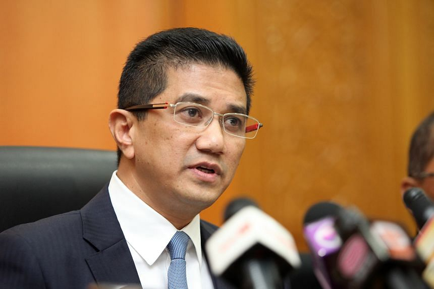 Malaysian Economic Affairs Minister Azmin Ali announced in Parliament that the New Economic Policy and the New Economic Model are under review to align economic policies with needs and not race.