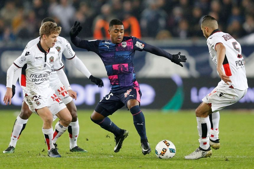 Malcom in Ligue 1 action against Nice in 2016.
