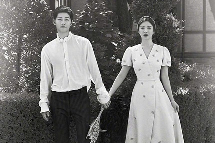 Song Joong-ki and Song Hye-kyo played an on-screen couple in Descendants Of The Sun (2016) before marrying in real life last year.