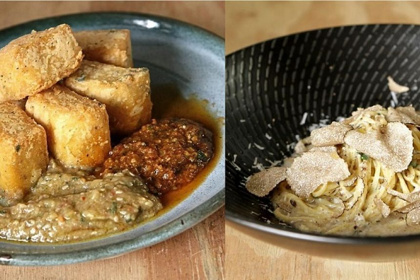 The polenta (left) is crispy on the outside and tender on the inside; while the Tajari Egg Pasta (right) comes with a rich array of ingredients.