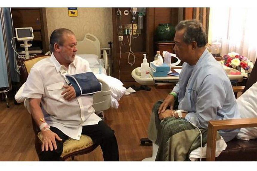 Johor ruler Sultan Ibrahim Ibni Almarhum Sultan Iskandar spoke to Malaysia's Home Minister Muhyiddin Yassin for about half an hour.