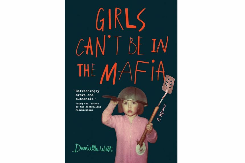 GIRLS CAN'T BE IN THE MAFIA