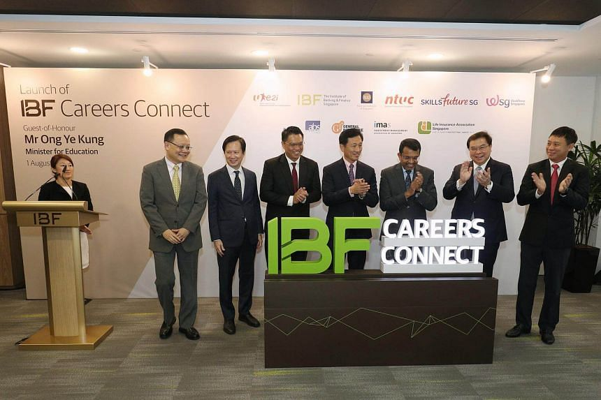 (From left) Chief Executive of Workforce Singapore Tan Choon Shian, Chief Executive Officer The IBF Ng Nam Sin, Assistant Secretary-General of NTUC Patrick Tay, Minister for Education Ong Ye Kung, Managing Director of the MAS Ravi Menon, Group Chief