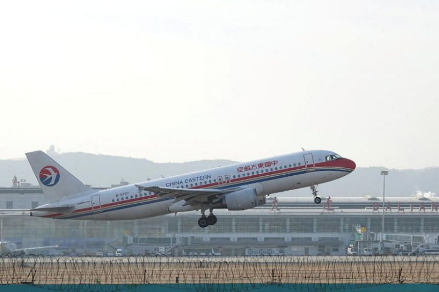 China Eastern Airlines and Japan Airlines will form a joint venture in the first such deal between a Chinese and Japanese carrier.