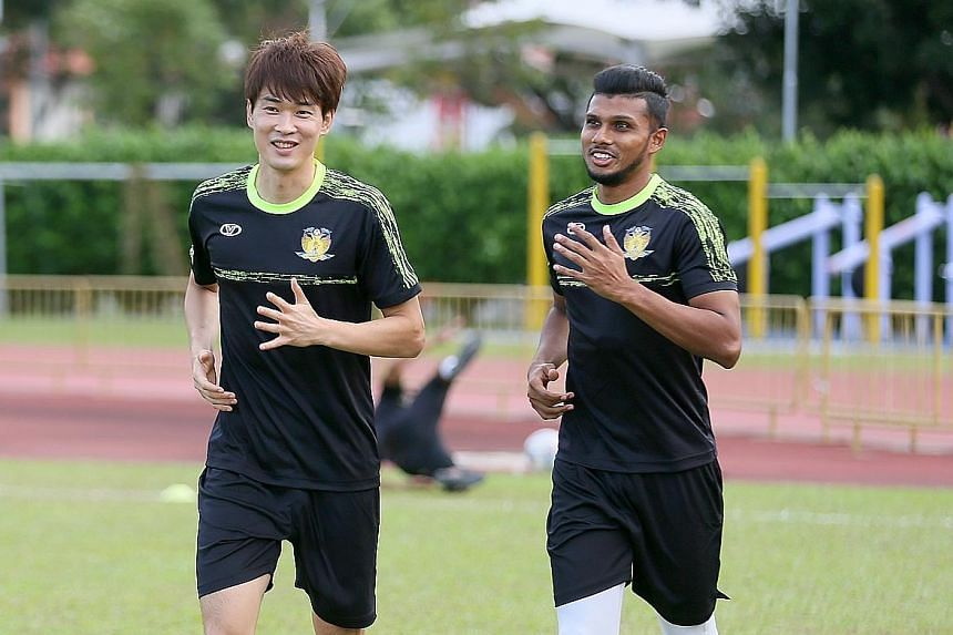 New strikers Chang Jo-yoon (left) and Fazrul Nawaz in training with the Cheetahs, who hope the pair can lift them off the bottom and avoid finishing last for the second time in four seasons.