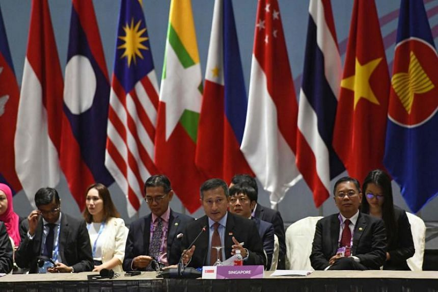 Foreign Minister Vivian Balakrishnan (centre) delivers his opening remarks at the 8th East Asia Summit Foreign Ministers' Meeting, during the 51st Association of Southeast Asian Nations Ministerial Meeting in Singapore on Aug 4, 2018.