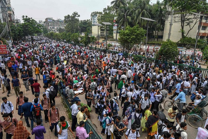 Parts of Dhaka were at a standstill yesterday for the seventh day running as students defied rain to block major intersections in the Bangladeshi capital.