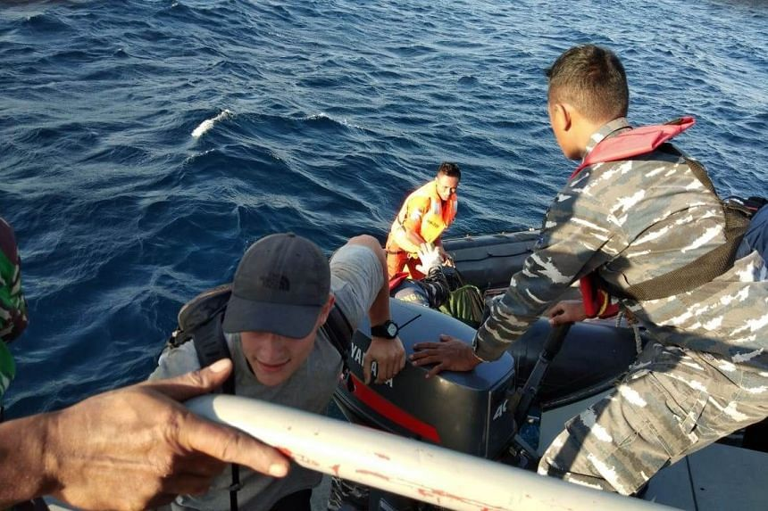 More foreign and Indonesian tourists were evacuated from Gili Trawangan, Lombok, West Nusa Tenggara by Indonesian armed forces early Tuesday (Aug 7) morning.