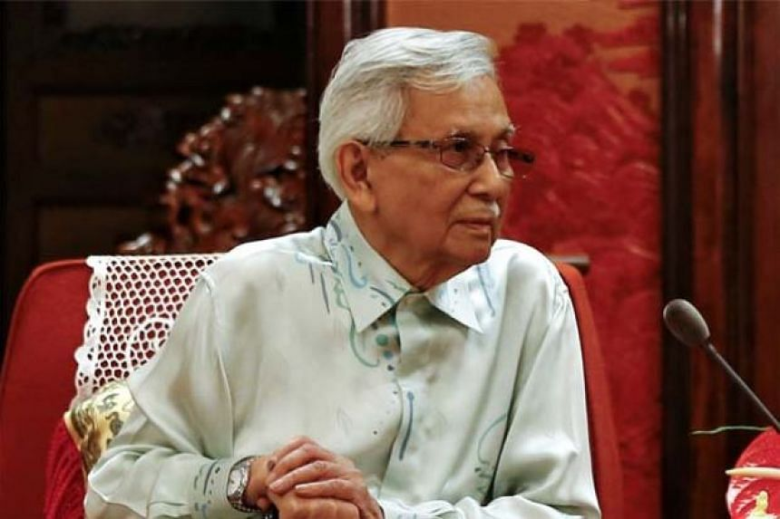Tun Daim Zainuddin's experience in handling the civil service and the private sector could be tapped to primarily assist the new government for the next few months.