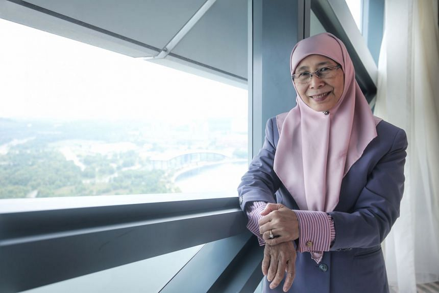 Malaysia's new Deputy Prime Minister Wan Azizah Wan Ismail has taken up the cause of improving the lives of women who haven't worked outside their homes.