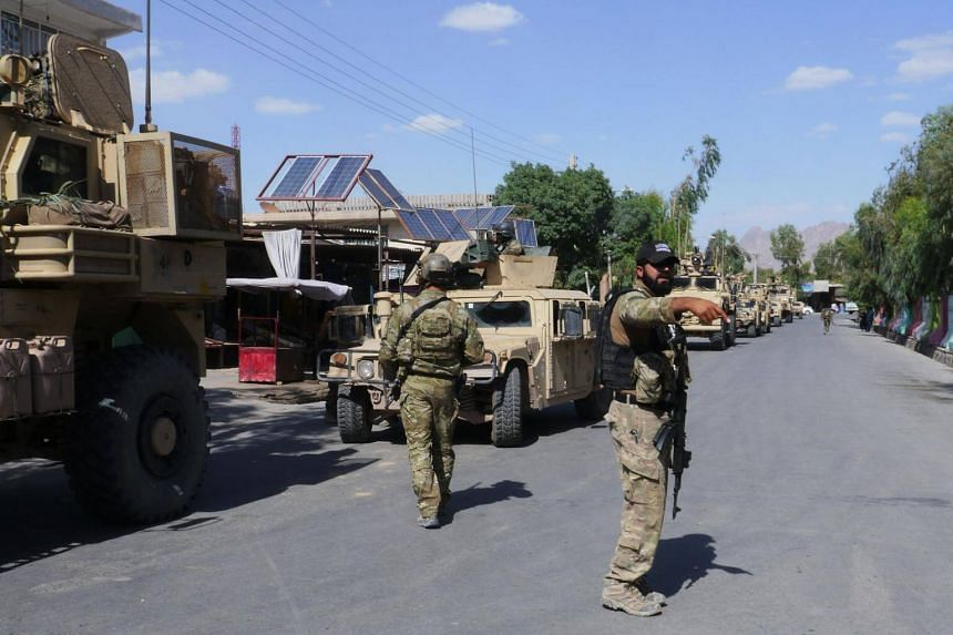Police special forces have been deployed to help block the Taleban advance on the city, an Afghan security official said.
