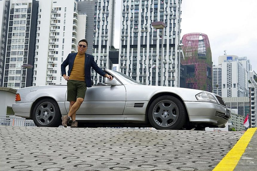 Mr Paul Wee has had the Mercedes-Benz SL300 since 2002 and intends to renew its certificate of entitlement when it expires in 2021.