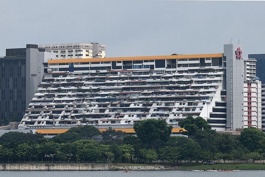 With its distinctive stepped terraced design, Golden Mile Complex stands out as a landmark in the Beach Road area.
