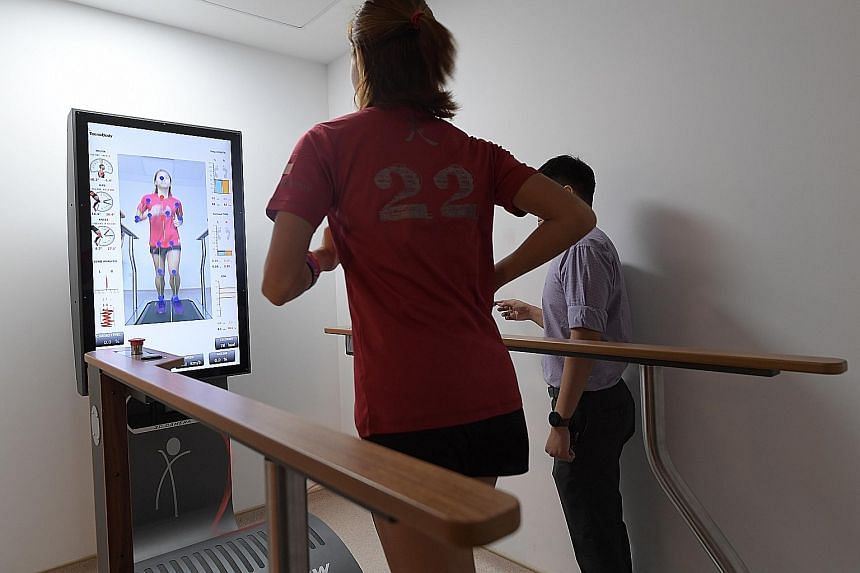 A treadmill that assesses both gait and running in real time is one of the equipment available to help patients recover as fully as possible. A robotic walker training system helps recovering stroke patients and those with spinal injuries at the reha