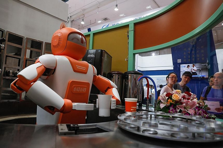 Despite China's late start in robotics, experts believe that the country's biggest advantage is its abundance of data and variety of scenarios where innovations can be applied.