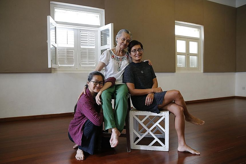 The Ordinary and the Unspectacular features seven artists above the age of 50, including 79-year-old dancer Goh Lay Kuan (above, centre), directed by her daughter Okorn-Kuo Jing Hong (left). Her other daughter, Kuo Jian Hong (right), helms The Theatr