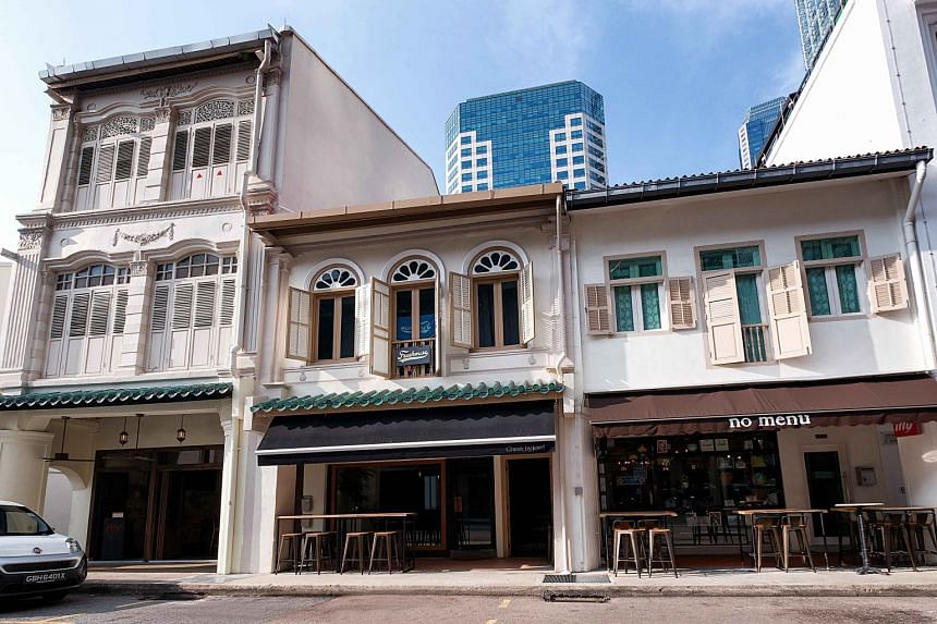 Located in the Telok Ayer Conservation Area, the shophouse has permanent food and beverage (F&B) approvals granted for both floors, and houses the one-Michelin-starred restaurant Cheek by Jowl.