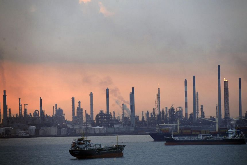 Higher prices of petroleum and chemical products compared to the second quarter of 2017 led to a year-on-year growth in petroleum and petroleum products, ship chandlers and bunkering, and chemicals and chemical products.