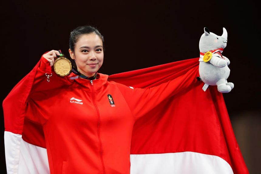 Indonesia's Lindswell Kwok scored a total of 19.50 points to take the gold medal, ahead of Hong Kong's Uen Ying and the Philippines' Agatha Wong.