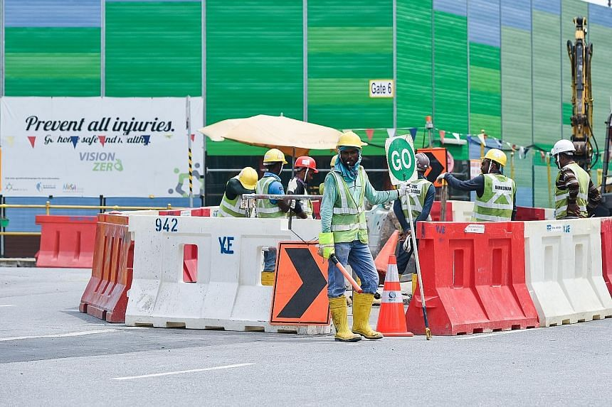 Number of workplace injuries falls: MOM, Singapore News