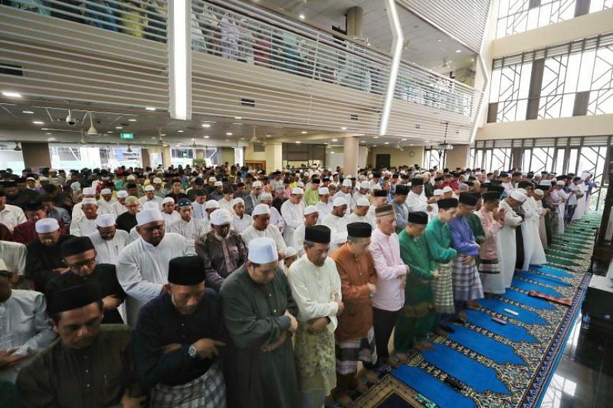 Congregants performing the Eiduladha prayers at Masjid Al-Mawaddah on Aug 22, 2018.
