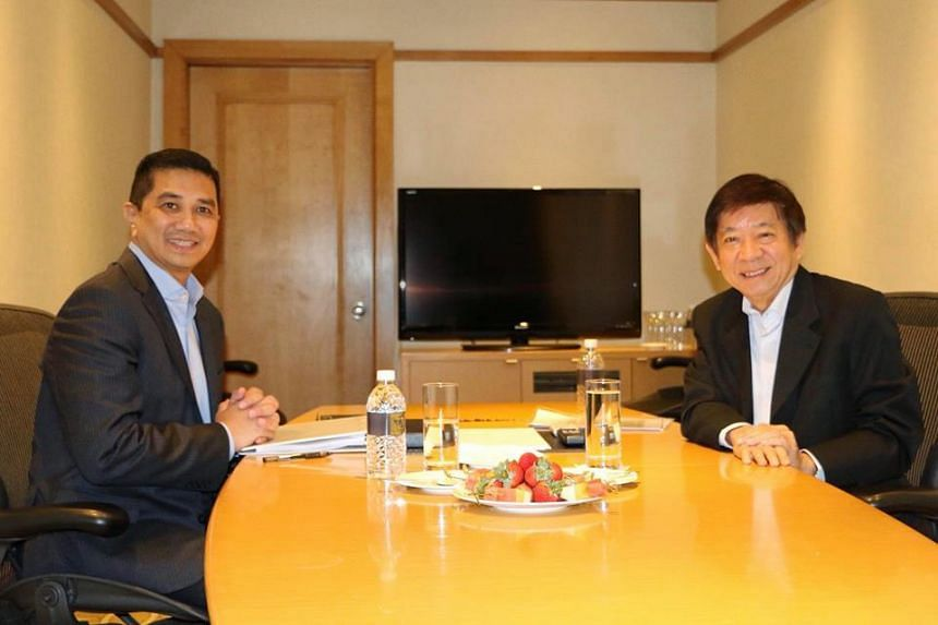 Coordinating Minister for Infrastructure and Minister for Transport Khaw Boon Wan posted on Facebook on Thursday that he met Malaysia's Economic Affairs Minister Mohamed Azmin Ali in Singapore. While Kuala Lumpur has confirmed that the delayed RTS wi