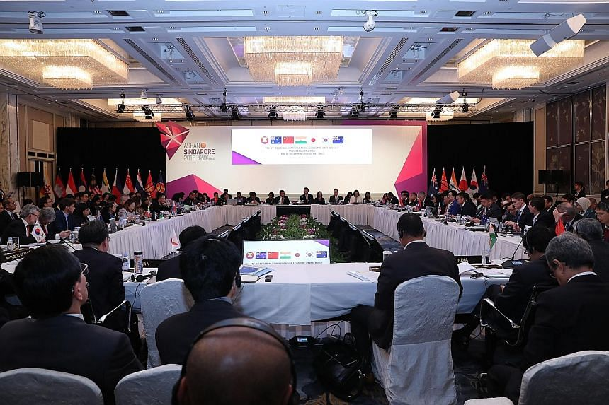 The 6th Regional Comprehensive Economic Partnership Ministerial Meeting was held yesterday as part of the four-day 50th Asean Economic Ministers Meeting at the Shangri-La Hotel. Prime Minister Lee Hsien Loong said in an opening speech at the AEM Meet
