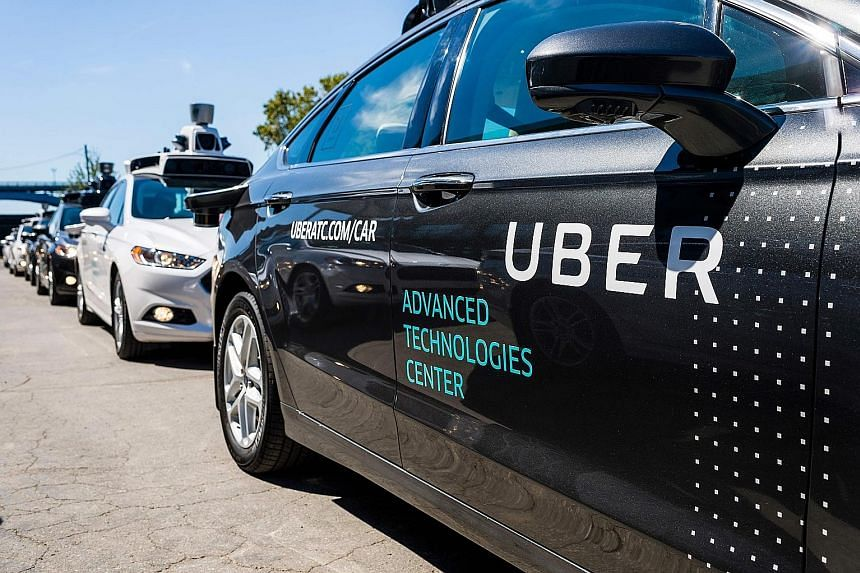 Toyota is partnering Uber Technologies Inc, investing US$500 million and making Sienna minivans equipped with the tech company's self-driving software.