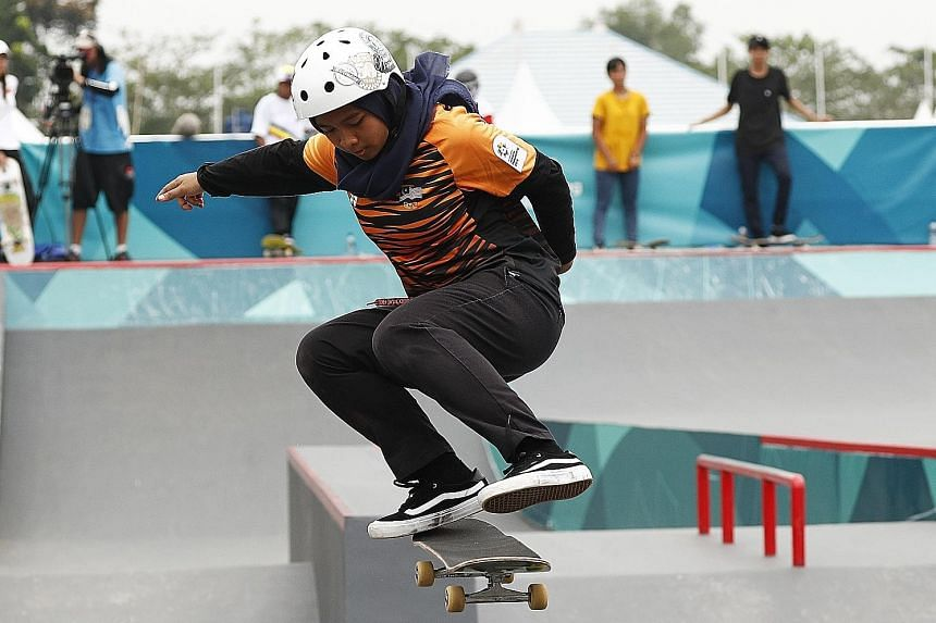 Fatin Syahirah Roszizi's unfortunate horror show drew flak online but many like skateboarding legend Tony Hawk and a Malaysian minister have spoken up for her.